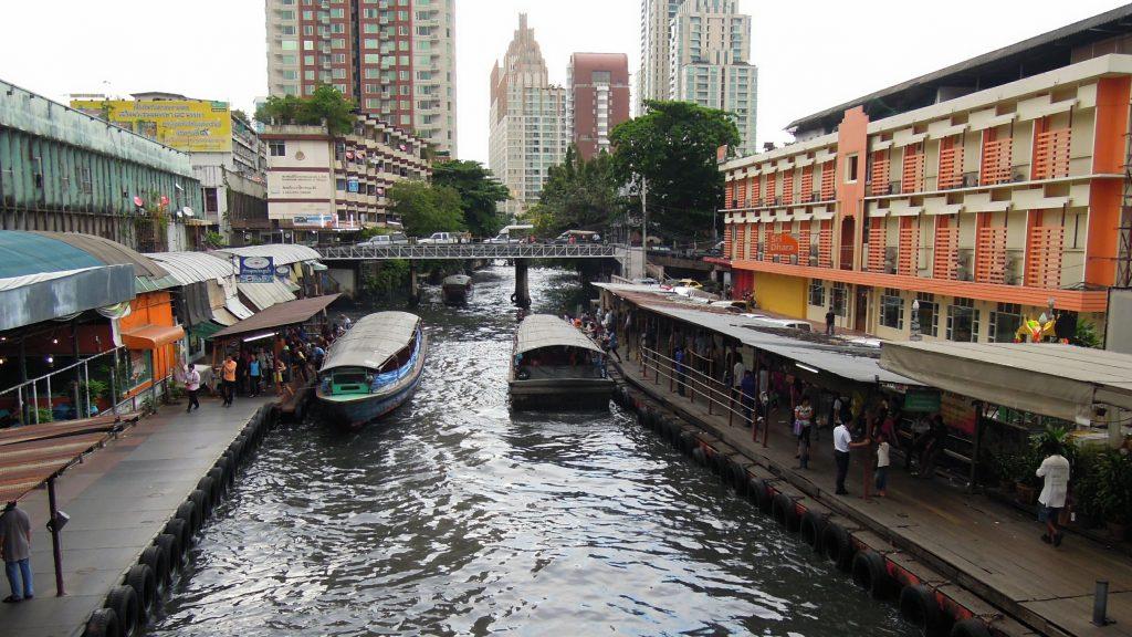 Khlong Saen Saeb