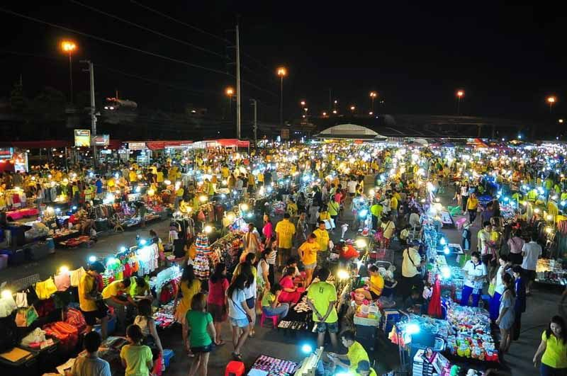 Liab Duan Ram Intra Market