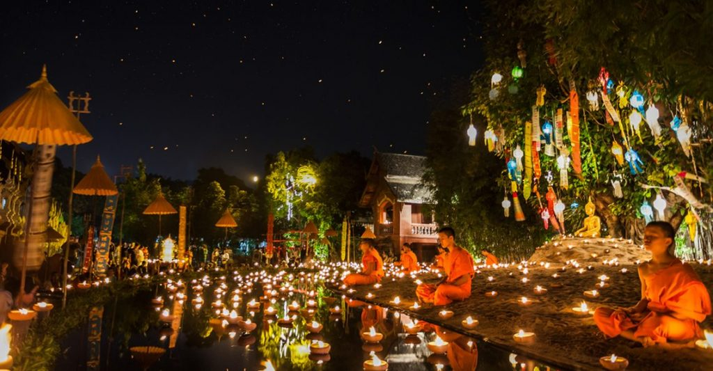 Festival thailandese Loy Khratong