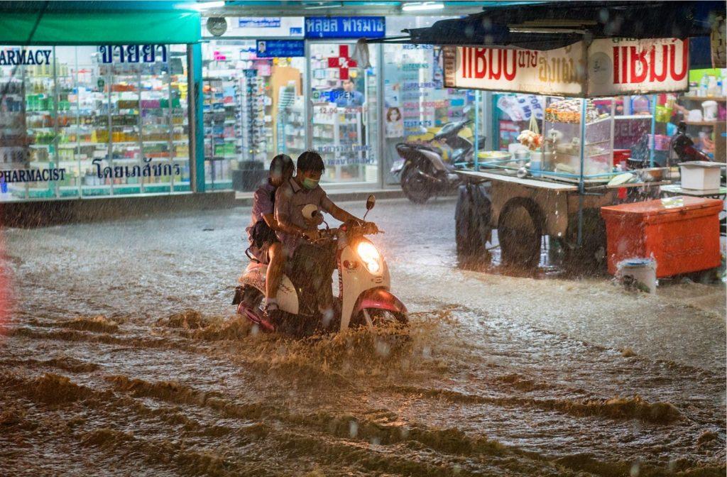 Stagione delle piogge a Bangkok