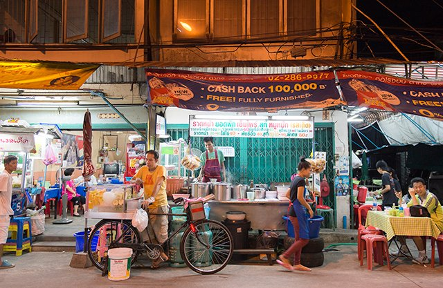 Suan Phlu soi 8 restaurants