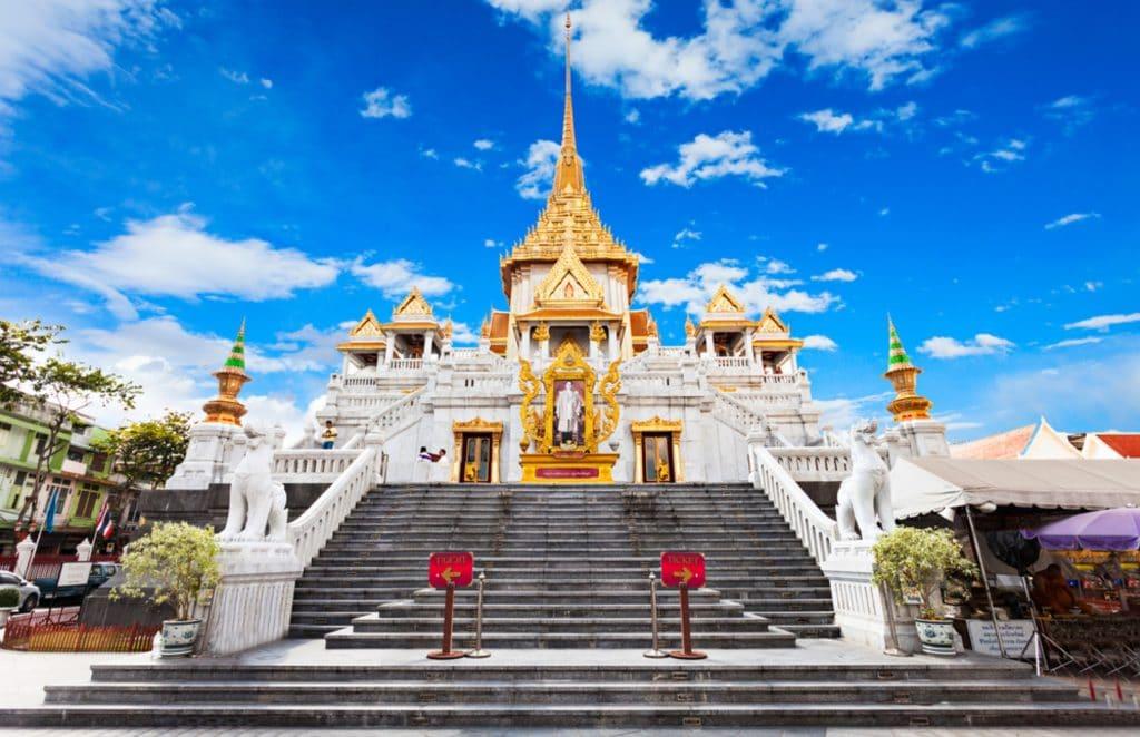 Wat Traimit Picture